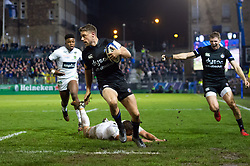 Rhys Priestland of Bath Rugby runs in a first half try - Mandatory byline: Patrick Khachfe/JMP - 07966 386802 - 06/12/2019 - RUGBY UNION - The Recreation Ground - Bath, England - Bath Rugby v Clermont Auvergne - Heineken Champions Cup