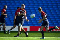 Joe Launchbury of England passes the ball - Mandatory byline: Patrick Khachfe/JMP - 07966 386802 - 09/10/2015 - RUGBY UNION - Manchester City Stadium - Manchester, England - England Captain's Run - Rugby World Cup 2015.