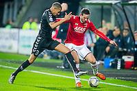 ALKMAAR - 19-12-2015, AZ - FC Utrecht, AFAS Stadion, FC Utrecht speler Ramon Leeuwin, AZ speler Vincent Janssen.
