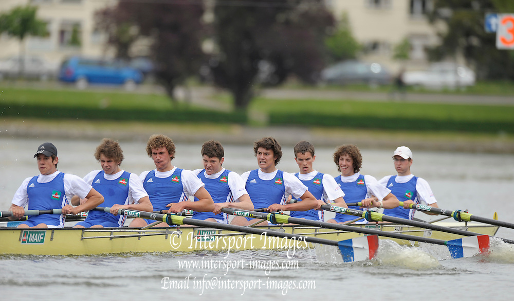 Gent, BELGIUM,  Federation Francaise Des societes d'Aviron, French National Junior Squard competing in the JM8+ at the International Belgian Rowing Championships, Saturday 09/05/2009, [Mandatory Credit. Peter Spurrier/Intersport Images]