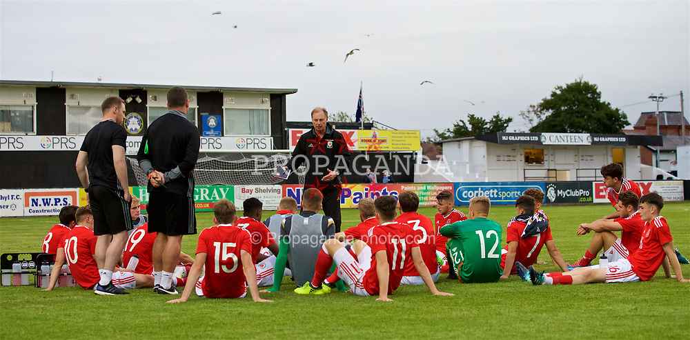 RHYL, WALES - Monday, September 4, 2017: Wales under-19 manager Paul Bodin gives a post-match team talk following an Under-19 international friendly match between Wales and Iceland at Belle Vue. (Pic by Paul Greenwood/Propaganda)