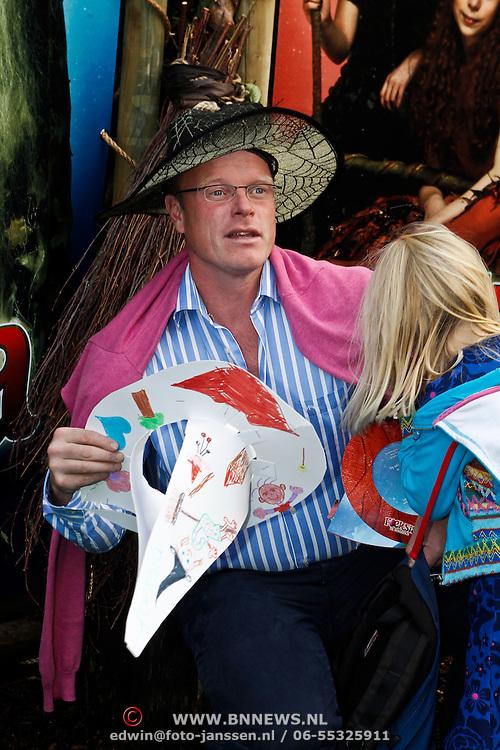 NLD/Amsterdam/20101002 - Premiere film Foeksia de Miniheks, Peter Paul Muller en docher Marie