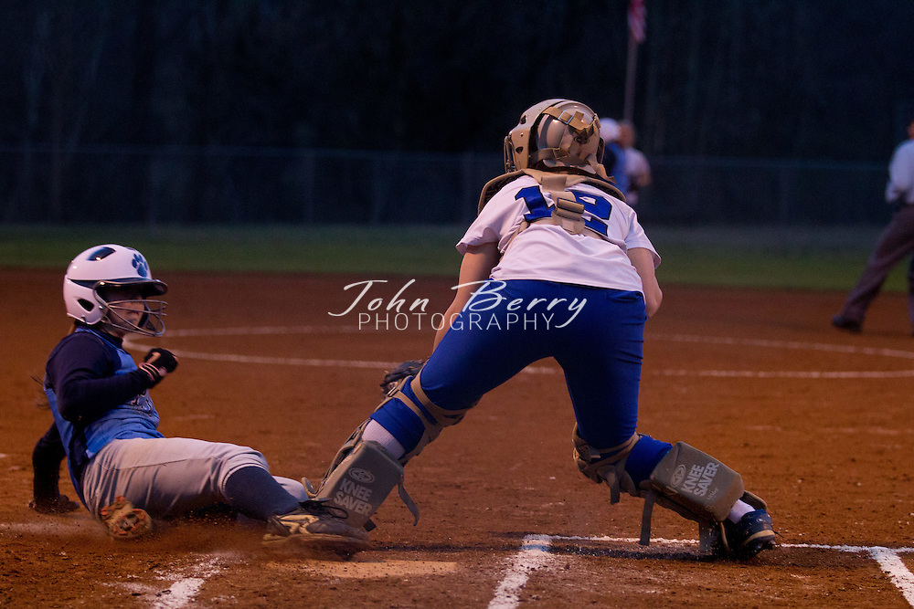 March/22/11:  MCHS Varsity Softball vs Page.  After 4 innings, Page leads Madison 1-0.