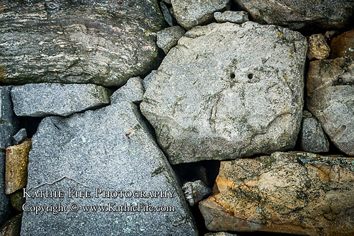 Stone Faced:  The things that make you go hhhmmm ...  ; /