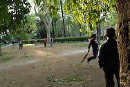 Roma, 21/04/2006: Giovani indiani giocano a cricket nei giardini di piazza Vittorio - Young Indians playing cricket in the gardens of Piazza Vittorio.©Andrea Sabbadini