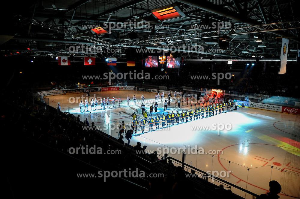 07.11.2014, Olympia Eisstadion, Muenchen, GER, IIHF, Deutschland Cup, Deutschland vs Schweiz, im Bild Deutschland Cup bei der Nationalhymne // during the German Cup Match between Germany and Switzerland at the Olympia Eisstadion in Muenchen, Germany on 2014/11/07. EXPA Pictures &copy; 2014, PhotoCredit: EXPA/ Eibner-Pressefoto/ Laegler<br /> <br /> *****ATTENTION - OUT of GER*****