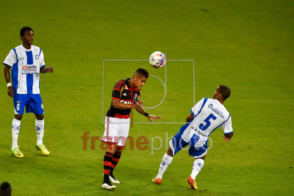 Everton  durante a partida entte Flamengo x Barra Mansa válida pela  2ª rodada do Campeonato Carioca 2014, realizada no estádio do Maracanã, zona norte da cidade do rio de Janeiro, nesta terça-feira (04/02). Foto: Ide Gomes / Frame