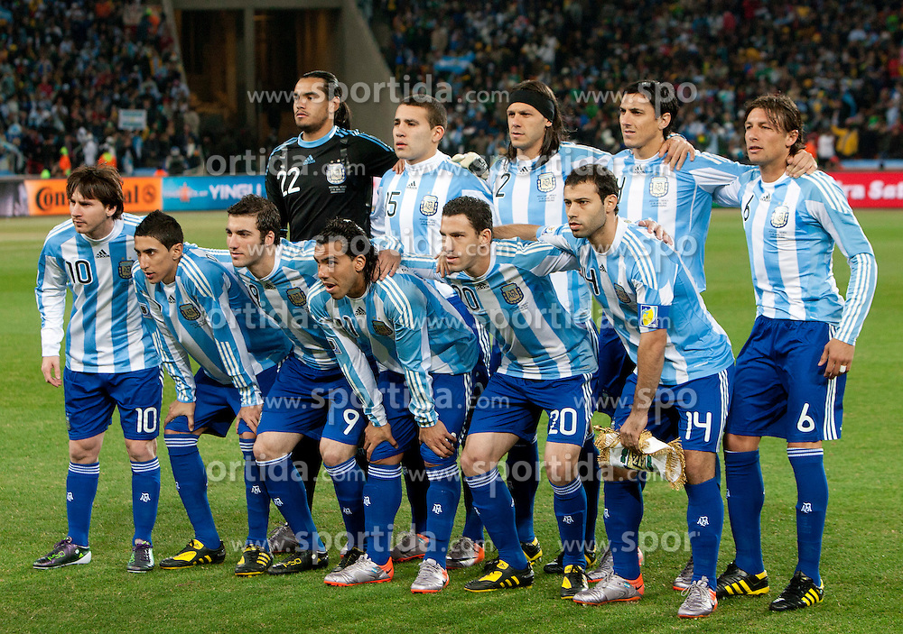 Team of Argentina during the 2010 FIFA World Cup South Africa Round of Sixteen match between Argentina and Mexico at Soccer City Stadium on June 27, 2010 in Johannesburg, South Africa. (Photo by Vid Ponikvar / Sportida)