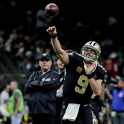 Dec 24, 2017; New Orleans, LA, USA; New Orleans Saints quarterback Drew Brees (9) before a game against the Atlanta Falcons at the Mercedes-Benz Superdome. Mandatory Credit: Derick E. Hingle-USA TODAY Sports