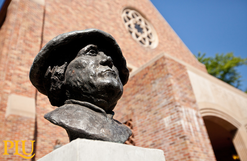 Martin Luther Statue in Red Square at PLU on Friday, Aug. 19, 2011.
