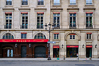 France, Paris (75), restaurant Maxim's Rue Royale durant le confinement du Covid 19 // France, Paris, Maxim's restaurant in Royale street during the containment of Covid 19