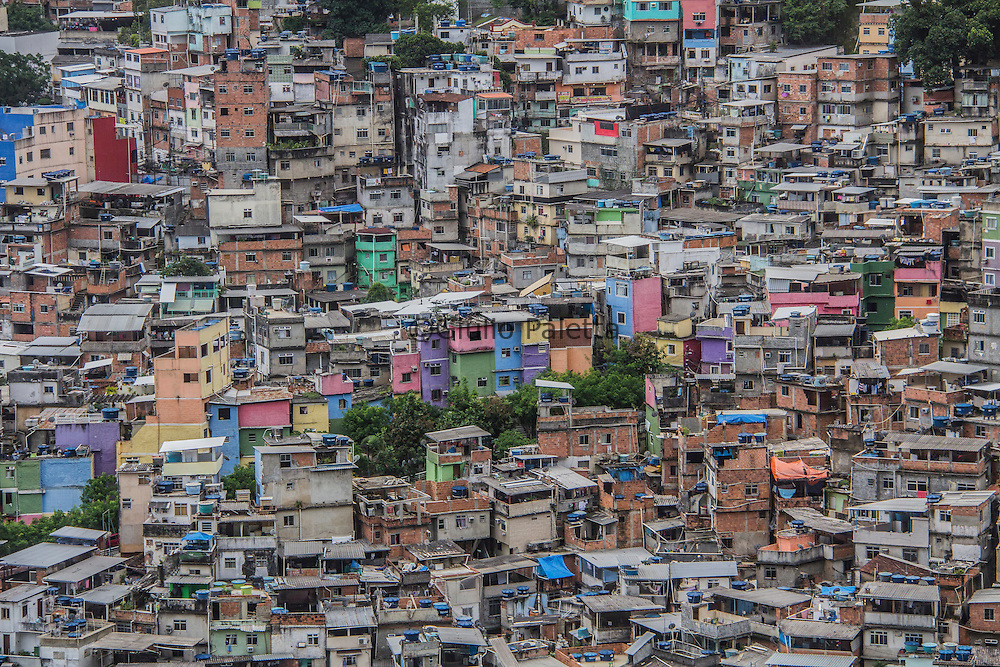 Detailed panoramic view of Rocinha's slum