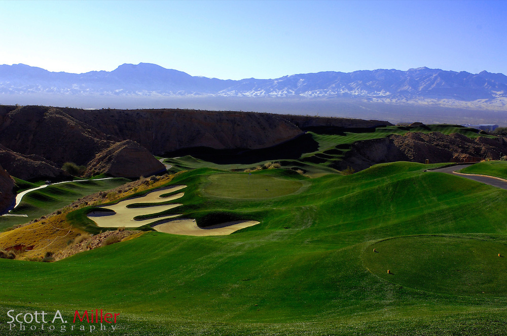 Mesquite, Nevada; Jan. 19, 2007 -  .No 15 on Wolf Creek Golf Club...©2007 Scott A. Miller..