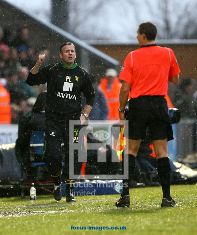 Colchester - Saturday January 16th, 2010:  Norwich Manager Paul Lambert during the Coca Cola League One match at the Weston Homes Community Stadium, Colchester. (Pic by Paul Chesterton/Focus Images).