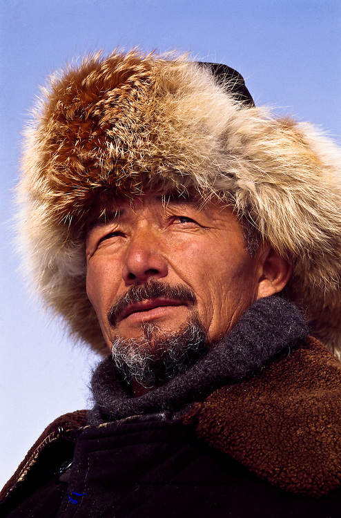 Turlybayev Abulkhak, Master hunter with Golden Eagles,