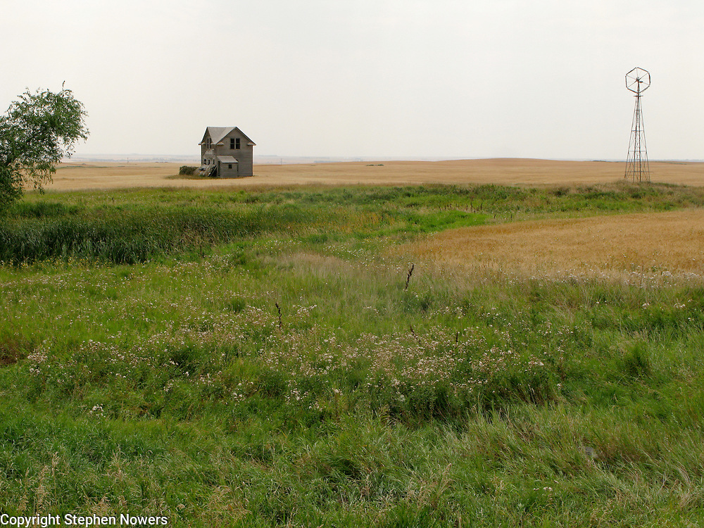 An abandoned farm house near Ray, North Dakota.