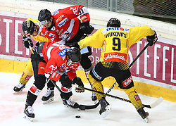 13.03.2019, Albert Schultz Halle, Wien, AUT, EBEL, Vienna Capitals vs HC Orli Znojmo, Viertelfinale, 1. Spiel, im Bild v.l. Sascha Bauer (spusu Vienna Capitals), David Bartos (HC Orli Znojmo), Jakub Stehlik (HC Orli Znojmo) und Ali Wukovits (spusu Vienna Capitals) // during the Erste Bank Icehockey 1st quarterfinal match between Vienna Capitals and HC Orli Znojmo at the Albert Schultz Halle in Wien, Austria on 2019/03/13. EXPA Pictures © 2019, PhotoCredit: EXPA/ Thomas Haumer