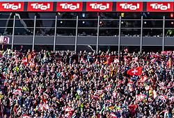 23.02.2019, Bergiselschanze, Innsbruck, AUT, FIS Weltmeisterschaften Ski Nordisch, Seefeld 2019, Skisprung, Herren, im Bild zuschauer // Spectators during the men's Skijumping HS130 competition of FIS Nordic Ski World Championships 2019. Bergiselschanze in Innsbruck, Austria on 2019/02/23. EXPA Pictures © 2019, PhotoCredit: EXPA/ JFK