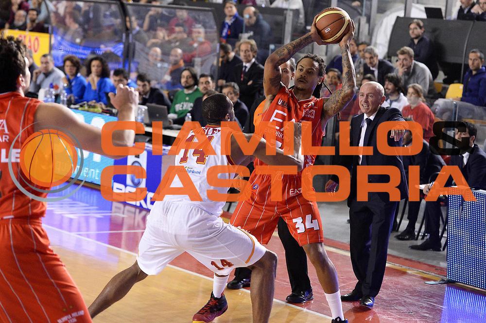 DESCRIZIONE : Roma Campionato Lega A 2013-14 Acea Virtus Roma EA7 Emporio Armani Milano <br /> GIOCATORE : David Moss <br /> CATEGORIA : Passaggio Composizione<br /> SQUADRA : EA7 Emporio Armani Milano<br /> EVENTO : Campionato Lega A 2013-2014<br /> GARA : Acea Virtus Roma EA7 Emporio Armani Milano <br /> DATA : 02/12/2013<br /> SPORT : Pallacanestro<br /> AUTORE : Agenzia Ciamillo-Castoria/GiulioCiamillo<br /> Galleria : Lega Basket A 2013-2014<br /> Fotonotizia : Roma Campionato Lega A 2013-14 Acea Virtus Roma EA7 Emporio Armani Milano <br /> Predefinita :