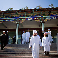 Zhang Kexiang (center) a chinese muslims imam walk outside of the  Dujia Tan Mosque in northwest China's Ningxia Hui Autonomous Region, China, on Thursday, September. 11, 2008. The islam is the second biggest religion in China, where there are between 20 and 30 millions of muslims.
