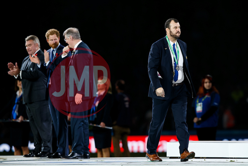 Dejected Australia Head Coach Michael Cheika leaves the stage after receiving his winners medal from Prince Harry after New Zealand win the match 34-17 to become 2015 World Cup Champions - Mandatory byline: Rogan Thomson/JMP - 07966 386802 - 31/10/2015 - RUGBY UNION - Twickenham Stadium - London, England - New Zealand v Australia - Rugby World Cup 2015 FINAL.