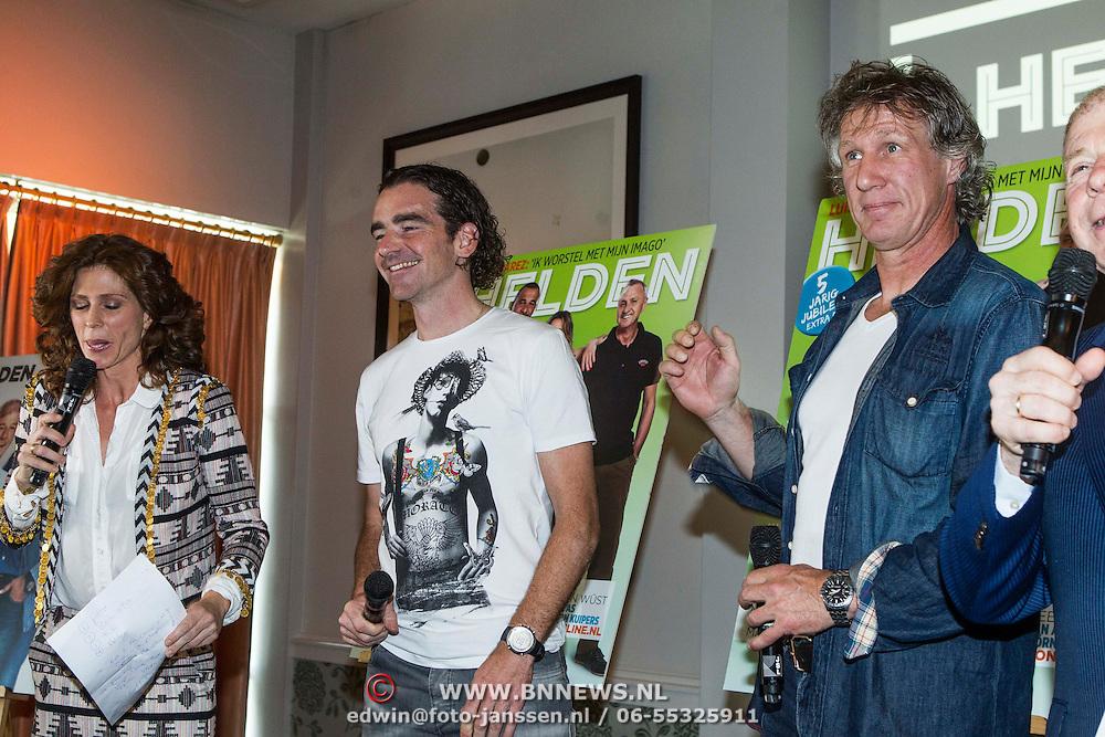 NLD/Amsterdam/20140507 - Presentatie Helden Magazine nr. 22, Barbara Barend met Bob de Jong en Gertjan Verbeek