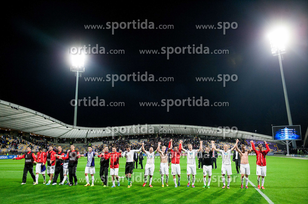 Players of Viktoria Plzen celebrate after winning and Qualifying to Champions League during Second Leg football match between NK Maribor (SLO) and FC Viktoria Plzen (CZE) of UEFA Champions League 2013/14 Play-Offs on August 28, 2013 in Stadium Ljudski vrt, Maribor, Slovenia. (Photo by Vid Ponikvar / Sportida.com)