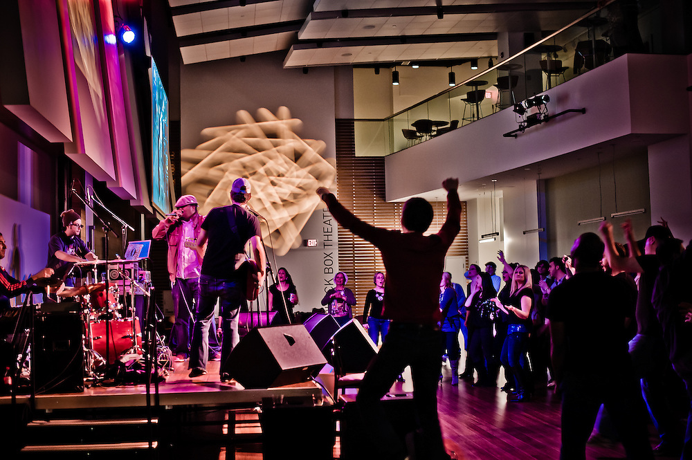 Rosslyn, VA, Novembe 27, 2010 - Fort Knox Five takes the live show to Artisphere.
