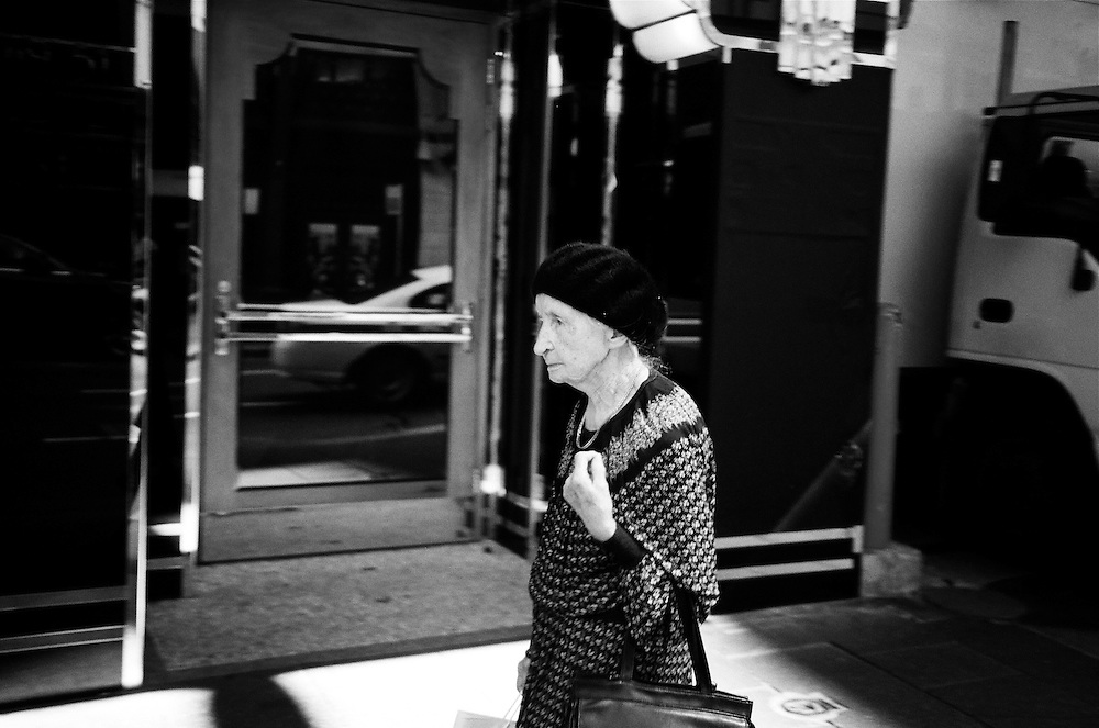Theatre lady, Sydney