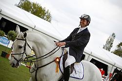 Keunen Pieter (NED) - Vivace<br /> Nederlands Kampioenschap Springen CH Mierlo 2010<br /> © Hippo Foto - Leanjo de Koster