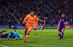 MARIBOR, SLOVENIA - Tuesday, October 17, 2017: Liverpool's Roberto Firmino celebrates scoring the first goal during the UEFA Champions League Group E match between NK Maribor and Liverpool at the Stadion Ljudski vrt. (Pic by David Rawcliffe/Propaganda)