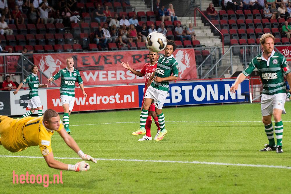 Nederland, Enschede GrolschVeste 27aug2016 Derde wedstrijd knvb eredivisie 2016-2017 FCTwente-Sparta Rotterdam uitslag 3-1 Na 15 min. opende Hakim Ziyech de score en in de  36 min. voor debutant Yaw Yeboah de 2-0  Tien minuten na rust  een benutte penalty voor Sparta vrij snel daarna wederom Ziyech met zijn tweede goal van de avond voor de 3-1. foto: Cees Elzenga