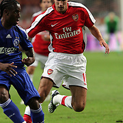 NLD/Amsterdam/20080808 - LG Tournament 2008 Amsterdam, Ajax v Arsenal, Vurnon Anita in duel met Robin van Persie