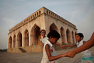 Children play at Taramati Baradari in Hyderabad, India on April 19, 2012<br /> (Photo by Kuni Takahashi)