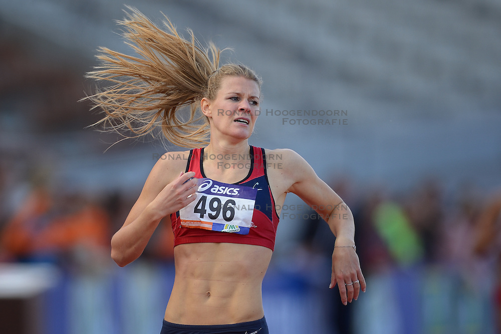 31-07-2015 NED: Asics NK Atletiek, Amsterdam<br /> Nk outdoor atletiek in het Olympische stadion Amsterdam /  Nicky van Leuveren wint de 400 meter
