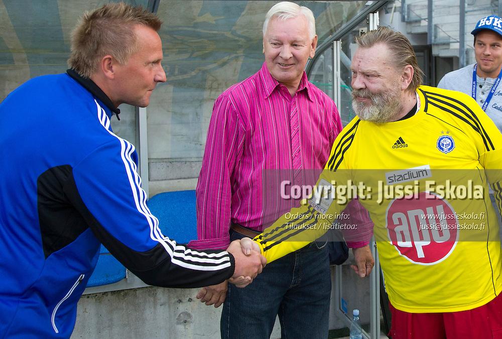 Antti Niemi, Vesa-Matti Loiri. HJK-Honka, Veikkausliiga 18082013, Sonera Stadium