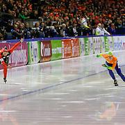 NLD/Heerenveen/20130112 - ISU Europees Kampioenschap Allround schaatsen 2013 dag 2, 500 meter dames, Claudia Pechstein - Linda de Vries