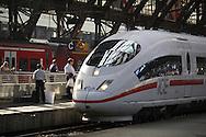 DEU, Germany, Cologne, high-speed train ICE at the main station.....DEU, Deutschland, Koeln, Hochgeschwindigkeitszug ICE im Hauptbahnhof.........