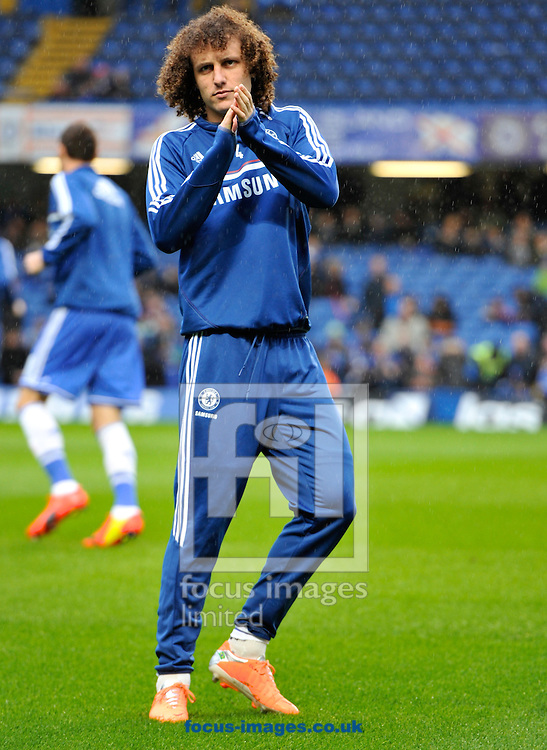 Picture by Alan Stanford/Focus Images Ltd +44 7915 056117<br /> 26/01/2014<br /> David Luiz of Chelsea warming up before the The FA Cup match at Stamford Bridge, London.