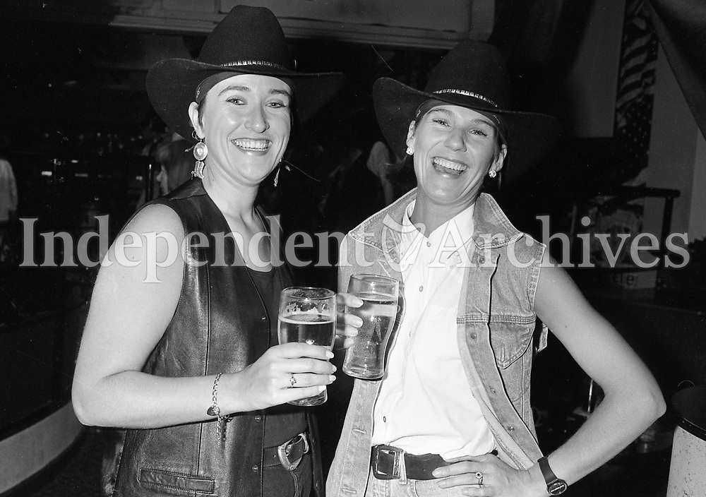 1994 All Ireland Line Dancing Championships held in Faces nightclub. The event was sponsored by the Evening Herald, 3/8/1994. (Part of the Independent Newspapers Ireland/NLI Collection)