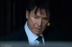 © Licensed to London News Pictures. 17/10/2016. London, UK. British pop singer SIR CLIFF RICHARD seen leaving the Houses of Parliament in London after meeting with MPs to discuss the anonymity of people accused of sexual offences. Sir Cliff Richards home was raided by police in connection with a sexual assault. The event was party broadcast live on the BBC.  Photo credit: Ben Cawthra/LNP