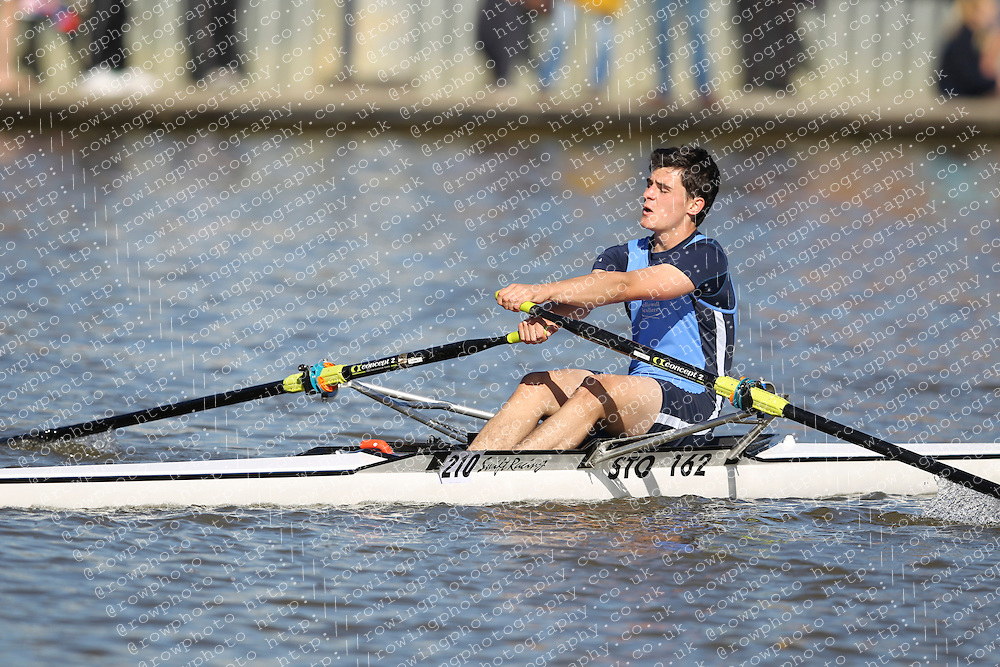 29.09.2012. Wallingford Long Distance Sculls 2012, The River Thames. Division 1. J17A 1x. Hollowell Scullers
