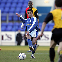 St Johnstone v Partick Thistle..22.01.05<br />David Hannah is closed down by Grant Murray<br /><br />Picture by Graeme Hart.<br />Copyright Perthshire Picture Agency<br />Tel: 01738 623350  Mobile: 07990 594431