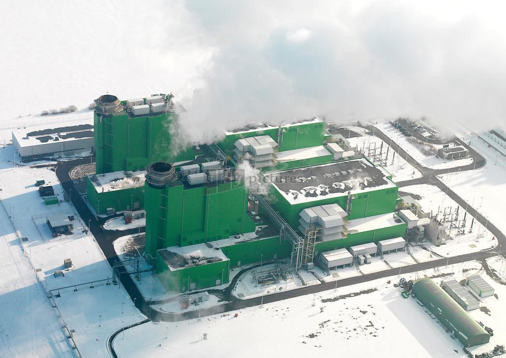Sloecentrale eigendom van Delta en EDFen valt door zijn op in het Sloegebied in Vlissingen-Oost door zijn fel groene kleur. Sloecentrale is een gasgestookte siemens centrale en bestaat uit 2 units van 435 megawat.