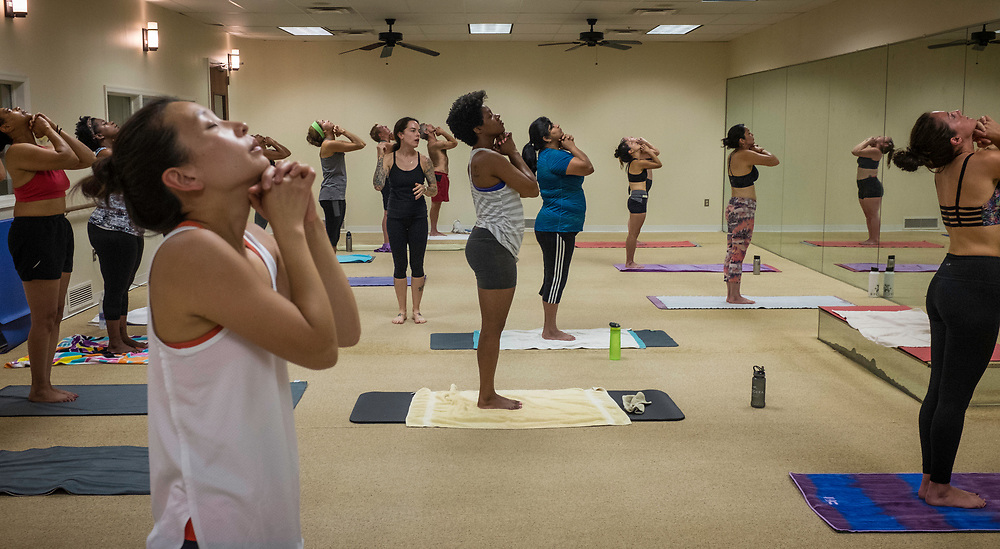 COLUMBIA, MD -- 9/9/17 -- Jena Blackwood teaches at BYC.…by André Chung #_AC39745