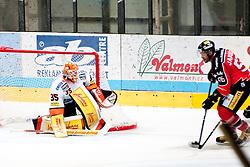 15.09.2013, Zimni Stadion, Zneim, CZE, EBEL, HC Orli Znojmo vs Moser Medical Graz 99ers, 6. Runde, im Bild Richard Jarusek (Znojmo #96) Danny Sabourin (Graz #35) // during the Erste Bank Icehockey League 6th round match betweeen HC Orli Znojmo and  Moser Medical Graz 99ers at the Zimni Stadium, Znojmo, Czech Republic on 2013/09/15. EXPA Pictures © 2013, PhotoCredit: EXPA/ Rostislav Pfeffer