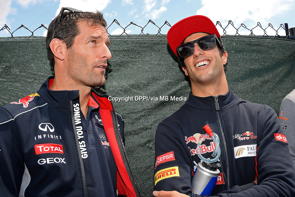 MOTORSPORT - F1 2013 - GRAND PRIX OF CANADA - MONTREAL (CAN) - 07 TO 09/06/2013 - PHOTO ERIC VARGIOLU / DPPI WEBBER MARK (AUS) - RED BULL RENAULT RB9 - ACTION<br /> RICCIARDO DANIEL (AUS) - TORO ROSSO STR8 FERRARI - AMBIANCE PORTRAIT