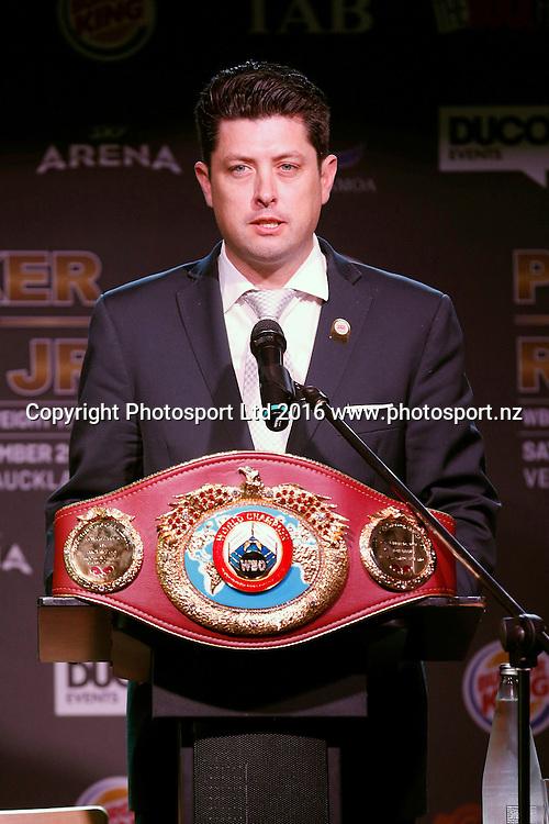 MC Craig Stanaway. Final press conference before the December 10, Parker v Ruiz, WBO world boxing heavyweight title fight. Rec Bar, Auckland. 8 December 2016 / www.photosport.nz