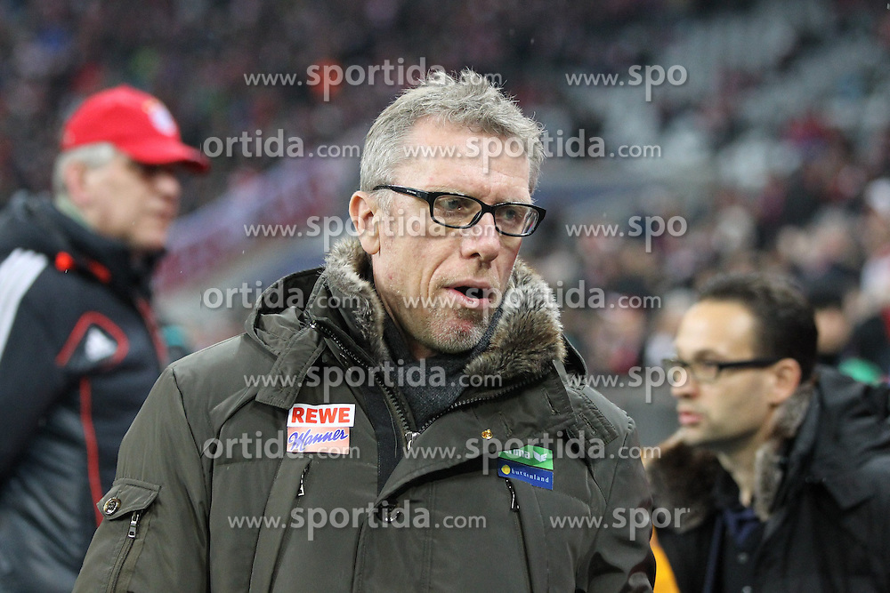27.02.2015, Allianz Arena, Muenchen, GER, 1. FBL, FC Bayern Muenchen vs 1. FC K&ouml;ln, 23. Runde, im Bild Chef-Trainer Peter Stoeger (1. FC Koeln) // during the German Bundesliga 23rd round match between FC Bayern Munich and 1. FC K&ouml;ln at the Allianz Arena in Muenchen, Germany on 2015/02/27. EXPA Pictures &copy; 2015, PhotoCredit: EXPA/ Eibner-Pressefoto/ Kolbert<br /> <br /> *****ATTENTION - OUT of GER*****