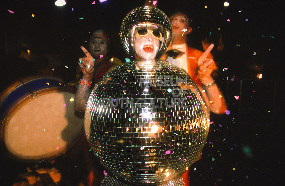 Wow! its a man dressed as a glitterball....UK, 1990's